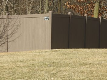Vinyl Privacy Fence Columbia IL
