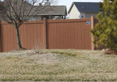 How Much Does It Cost to Put Up a Fence?