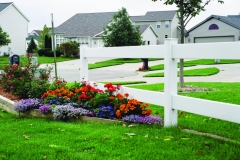rsz_2_rail_ranch_with_flowers